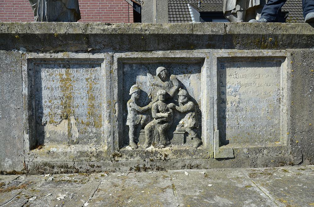 Detailansicht: Weißes-Kreuz Vorzustand3